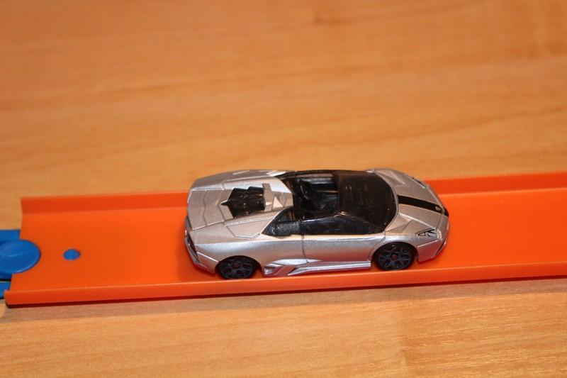 HotWheels_LamborghiniReventon10