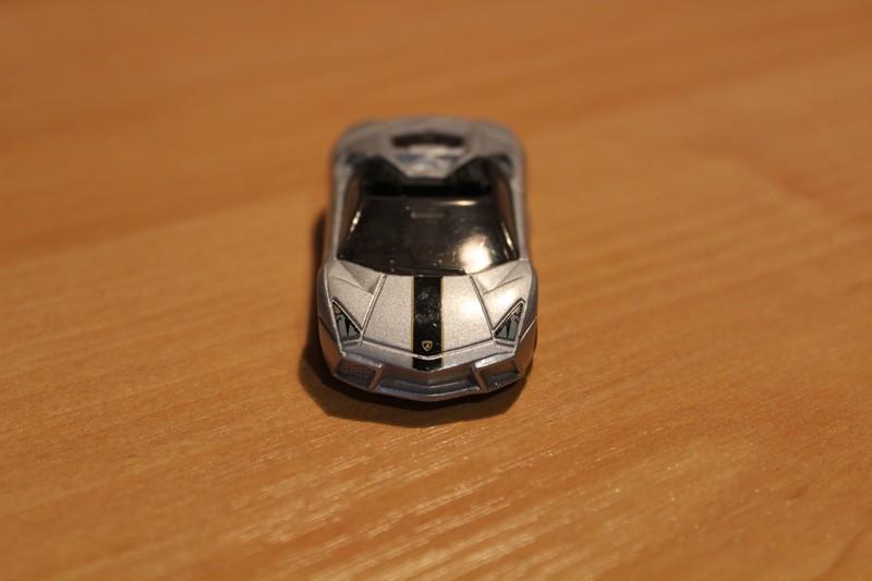 HotWheels_LamborghiniReventon4