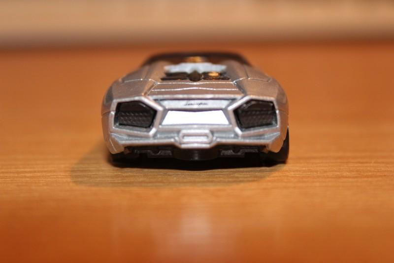 HotWheels_LamborghiniReventon9